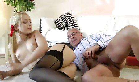 Jungs veranstalteten amateurpornos gratis eine Bukkake-Orgie für ihre Freundin