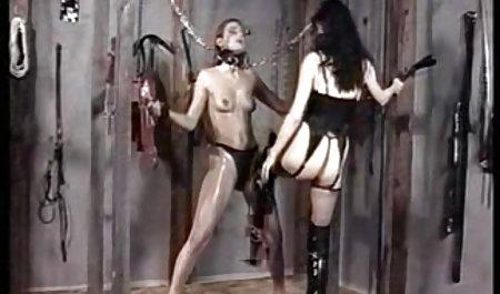 Courtney amateur pornofilme gratis Dillon masturbiert mit Vibrator und Fingern