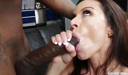 Blond und privat gedrehte pornos ihre dicken Titten
