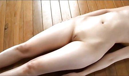 Porno zwei amateur sexfilme vollbusige Mädchen