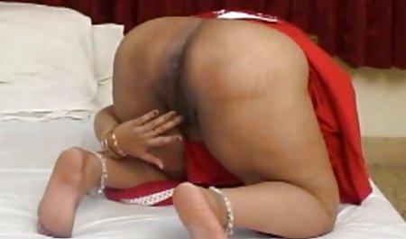 Tina Kay hat einen gratis deutsche amateur pornos lila Dildo zum Streicheln bekommen