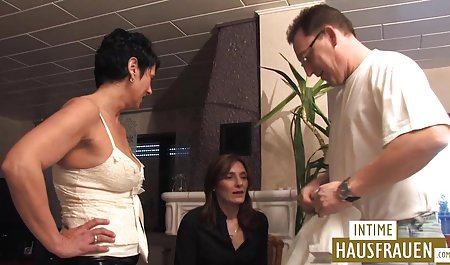 Sperma in ein Glas kostenlose deutsche amateur pornofilme und einen Kumpel auf den Tisch