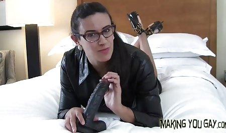 Der Typ mit der kostenlose deutsche amateur pornos Blondine in der Brille