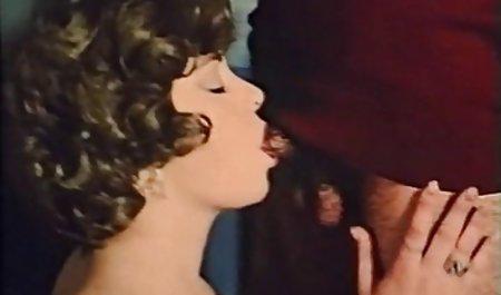 Vier Lesben drehen das Rad der deutsche amatuer pornos Wünsche