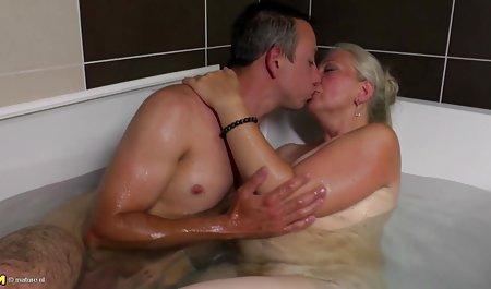 Beine und Zunge wichsen deutsche sexfilme amateure
