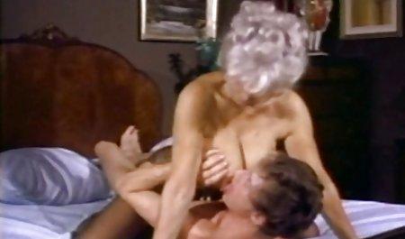 Jessie Rogers zeigte während der Masturbation private deutsche amateur pornos einen perfekten Körper