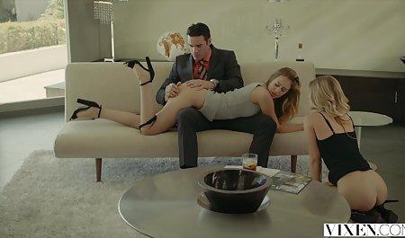 Sex privat gedrehte pornos mit einem Küken auf einem Billardtisch