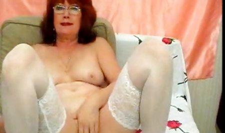 Maturka ist im Bett selbstzufrieden echte private sexfilme