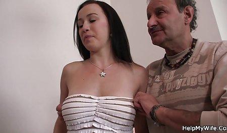 Maturka zupft an ihrer deutsche armateur pornos ordentlichen Muschi