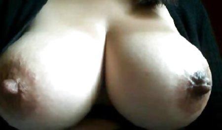 Jasmine Wolff zeigte gratis amateurpornos die Klitoris aus der Nähe