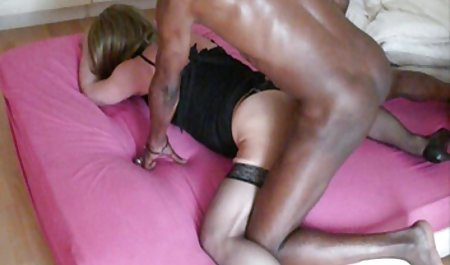 Kacey Jordan deutsche sexfilme privat streichelt sich auf dem Bett