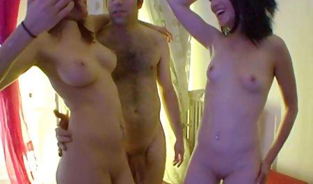 Das deutsche amatuer pornos russische Baby spielte perfekt mit sich