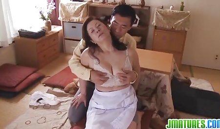 Gruppensex amteur pornos in weißer Unterwäsche