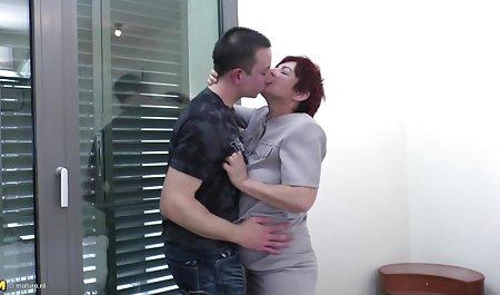 Lexi amatuer sexfilme Lowe treibt sich rasend mit den Fingern