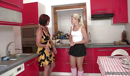 Melody Jordan in einer romantischen Szene mit ihrem kostenlose sexfilme amateure Ehemann