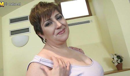 Mira freie amateur sexfilme Cuckold spielt mit Doris Ivy